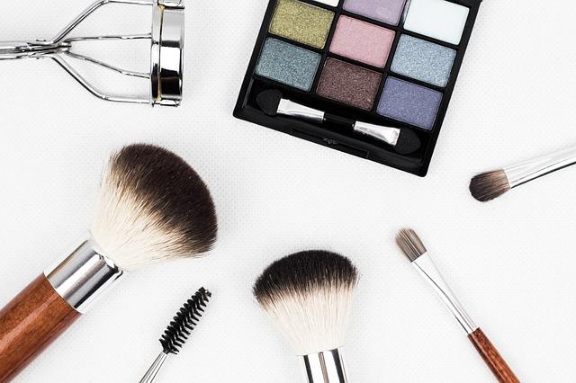 produit cosmétique et maquillages