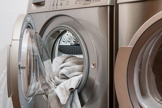 Que faire si la vidange du lave-linge est bouchée